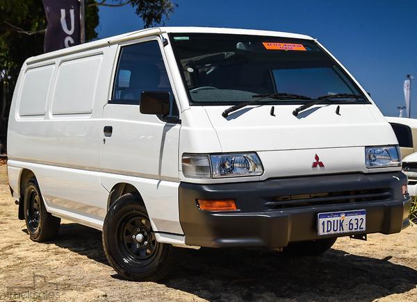 da288f2aba Mitsubishi Express Cars - Tradies Rear Wheel Drive Drive Type for ...