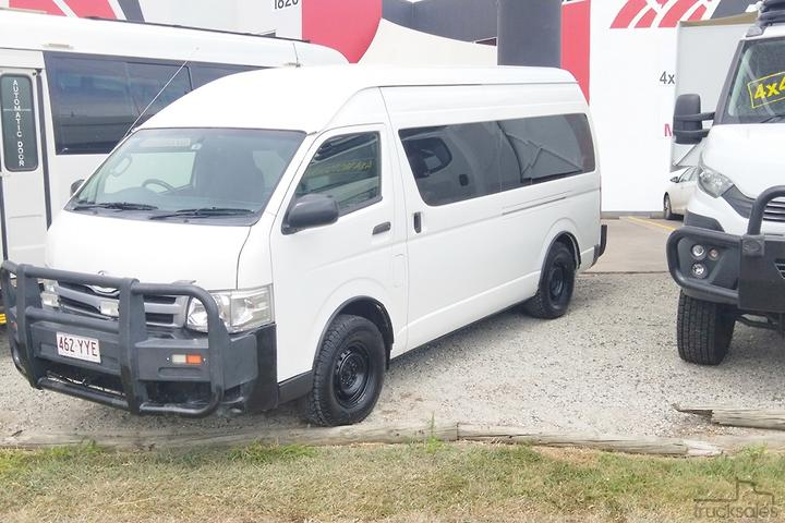 Used Toyota AWD Conversion of Commuter Bus 4x4 Buses for