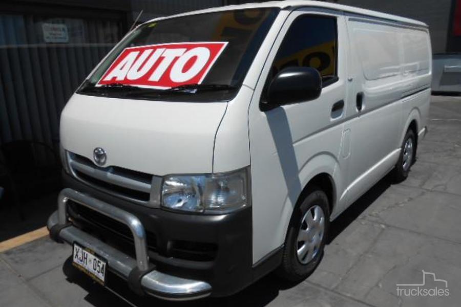 f6df6a78fb203e 2006 Toyota Hiace LWB Auto-OAG-AD-16770073 - trucksales.com.au