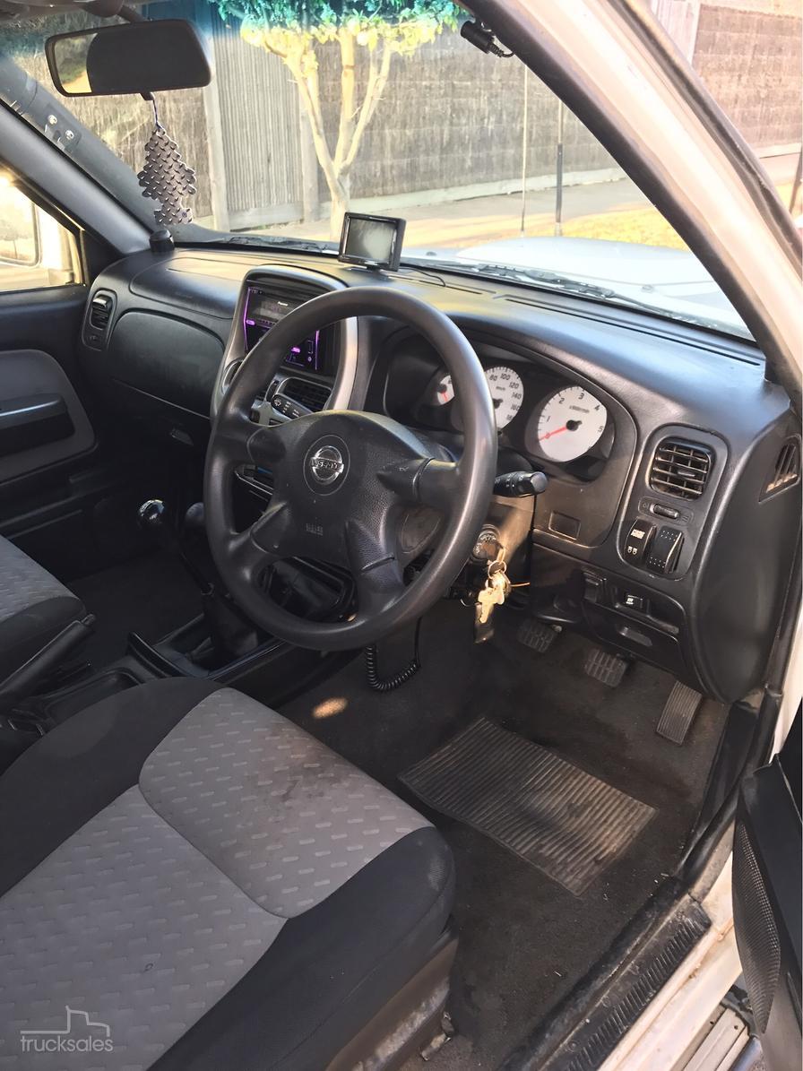 2010 Nissan Navara St R D22 Manual 4x4 My09 Dual Cab Fuse Box Location