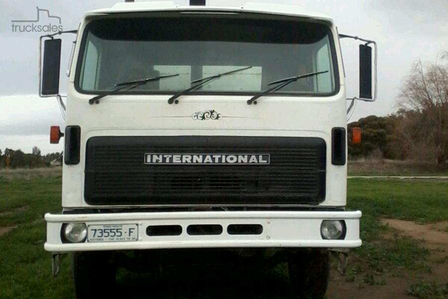 1989 International ACCO 2250D